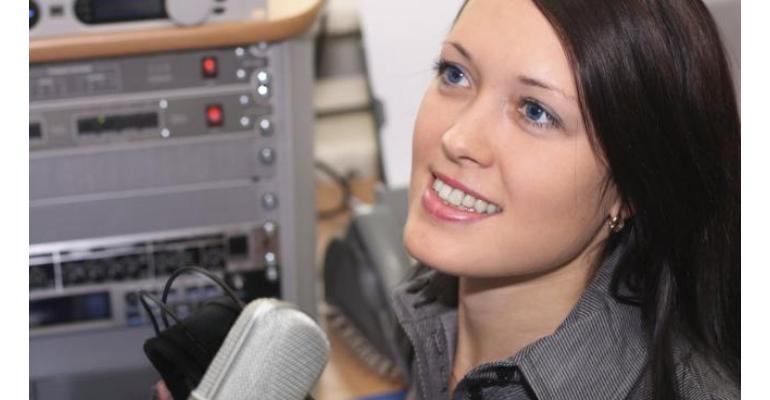 تمرین شنیداری (listening) زبان سطح متوسط ۲ فایل ۱