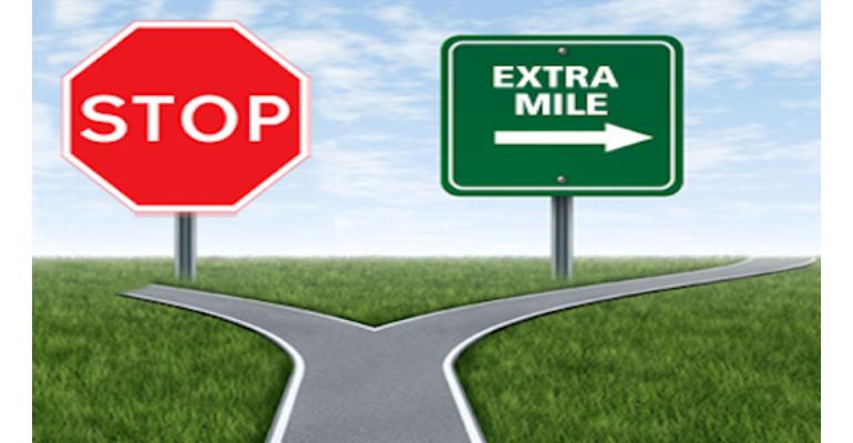 معنی فارسی اصطلاح: Go the extra mile